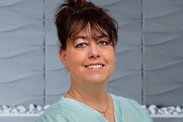 Kaposi Szilvia Klinikai dentálhigiénikus