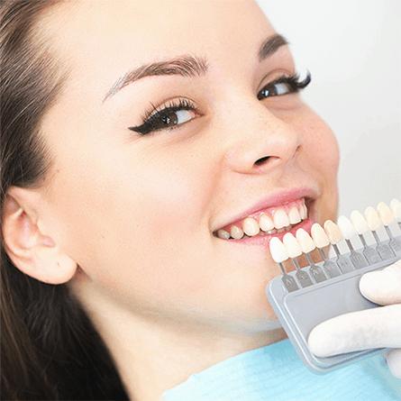 fogfehérítés világosabb fogszín fehér fog